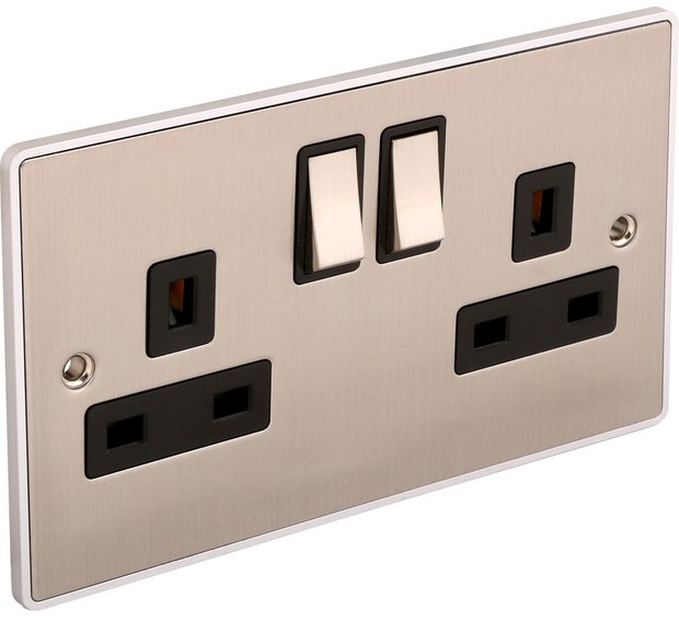 emergency electrician for sockets